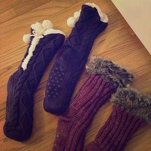 NWOT Fleece lined skid free sock slippers